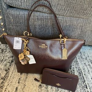 😱😍 NWT COACH ZIP TOTE WIYH MATCHING WALLET